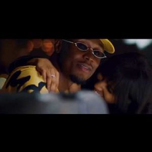 [Video] E.L ft. Kwesi Arthur – Collect