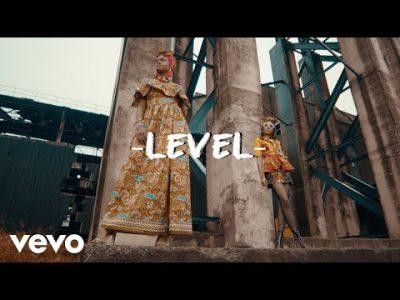 [Video] Krizbeatz ft Sean Tizzle & Ceeboi – Level