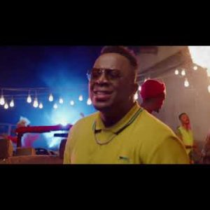 [Video] Eben – Holy Ginger