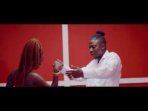 [Video] Kojo Antwi ft. Stonebwoy – Akyekyedeɛ Nanteɛ